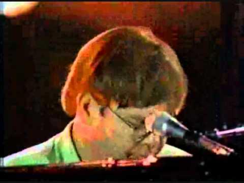 Elton John  Something About The Way You Look Tonight   in Tokio 1998