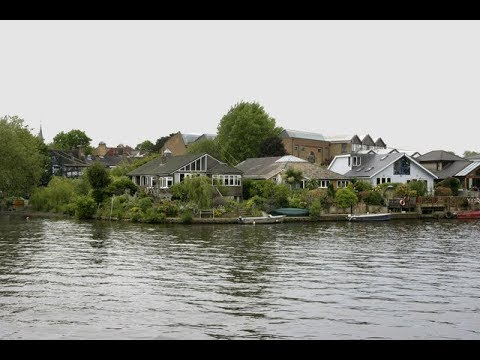 Places to see in ( Thames Ditton - UK )