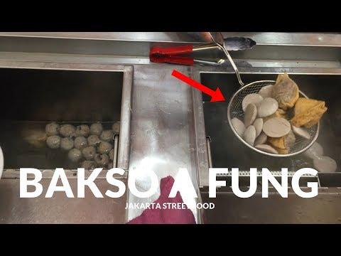 MAHAL TAPI WORTH IT !! BAKSO INI SANGAT TERKENAL | JAKARTA STREET FOOD #181