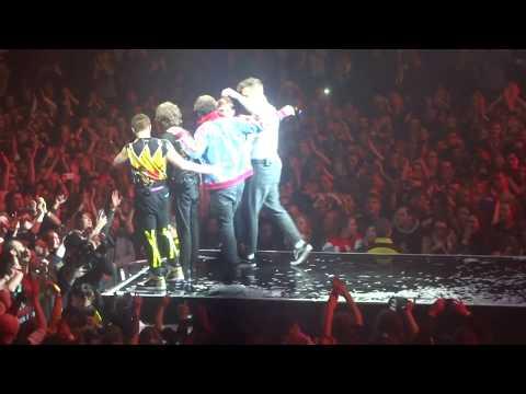 Imagine Dragons - Radioactive (Live @ Manchester Arena, Manchester, UK, 03-03-2018)