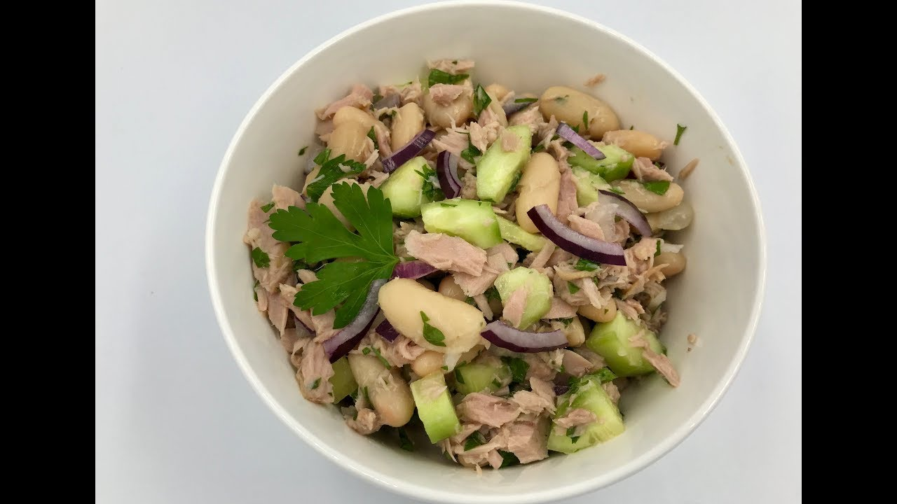Салат с тунцом и фасолью   Рецепт салата с белой фасолью ...