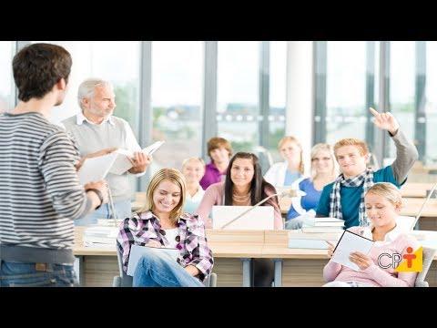 Clique e veja o vídeo Aulas Expositivas Dialogadas - Curso a Distância Metodologias para Aprendizagem Ativa