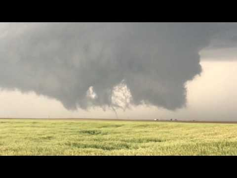 Two Tornadoes on the ground Simultaneously just west of Dodge City, Kansas 5-24-16