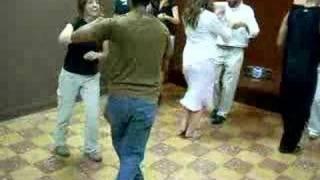 Roberto En Clase De Salsa (en Panamá)