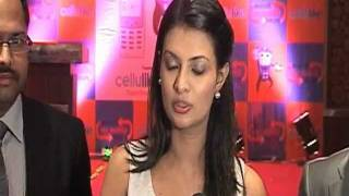 Bollywood Actress Sayali Bhagat Launches 'Cellulike' Data Card