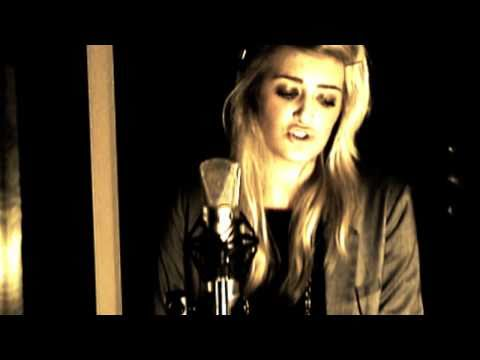 I Draw Your World - Alice Olivia - Original Song (acoustic Version)