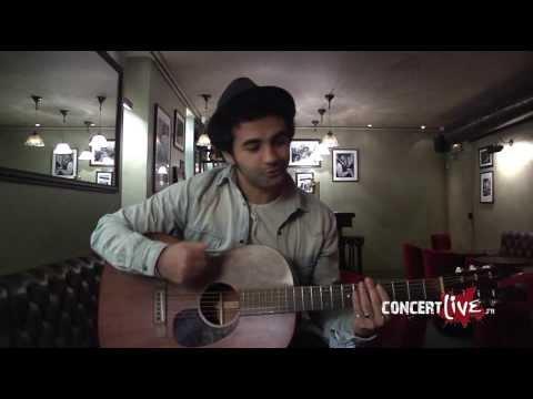 """Nazim en session live, chante """"Jeune"""""""