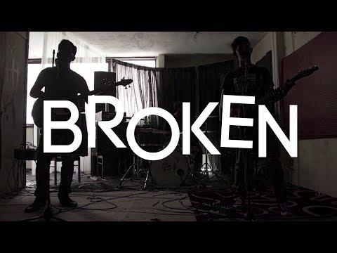 Segi - Broken  Lyric