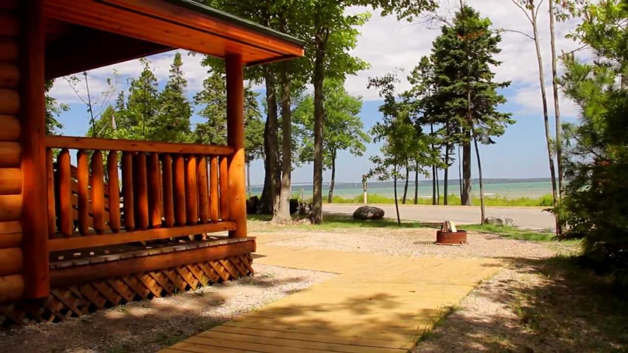 view city hamilton mackinaw king of cabins lake beachfront inn select hotels hamiltoninnselect