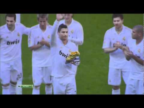 4ce1149ec6 Cristiano Ronaldo apresenta Chuteira de Ouro antes do jogo contra o Osasuna  - 06.11.2011