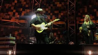 Chris Stapleton - Hard Livin'