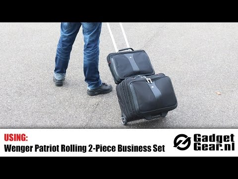 Using: The Wenger Patriot Rolling 2 Piece Business Set 12353