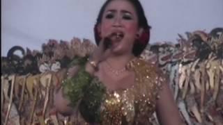 Malam - Lusi Brahman feat PEYE