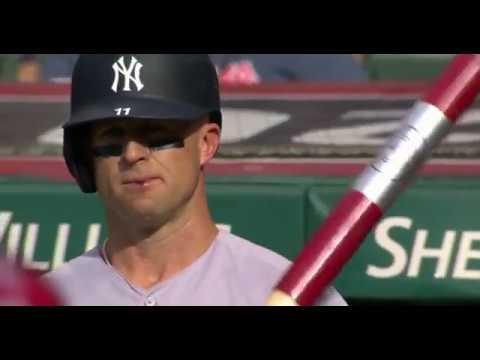 Bill Cunningham - VIDEO: Yankees' Brett Gardner Gives Himself A Bloody Lip With Helmet