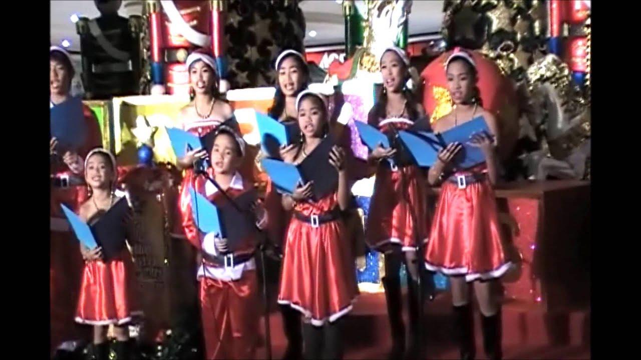 BCS Music Center Childrens Choir sings Christmas Carols - YouTube