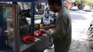 Best Of Balinese Street Food - Sate Ayam - Chicken Satay With Peanut Sauce