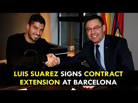 Luis Suarez signs contract extension at Barcelona