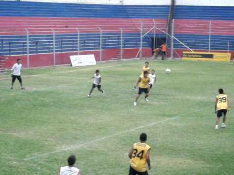 Independiente Rivadavia. gol de Federico Guerra fr...