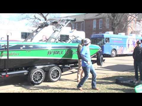 Memphis Boat Center Visits Mississippi State University