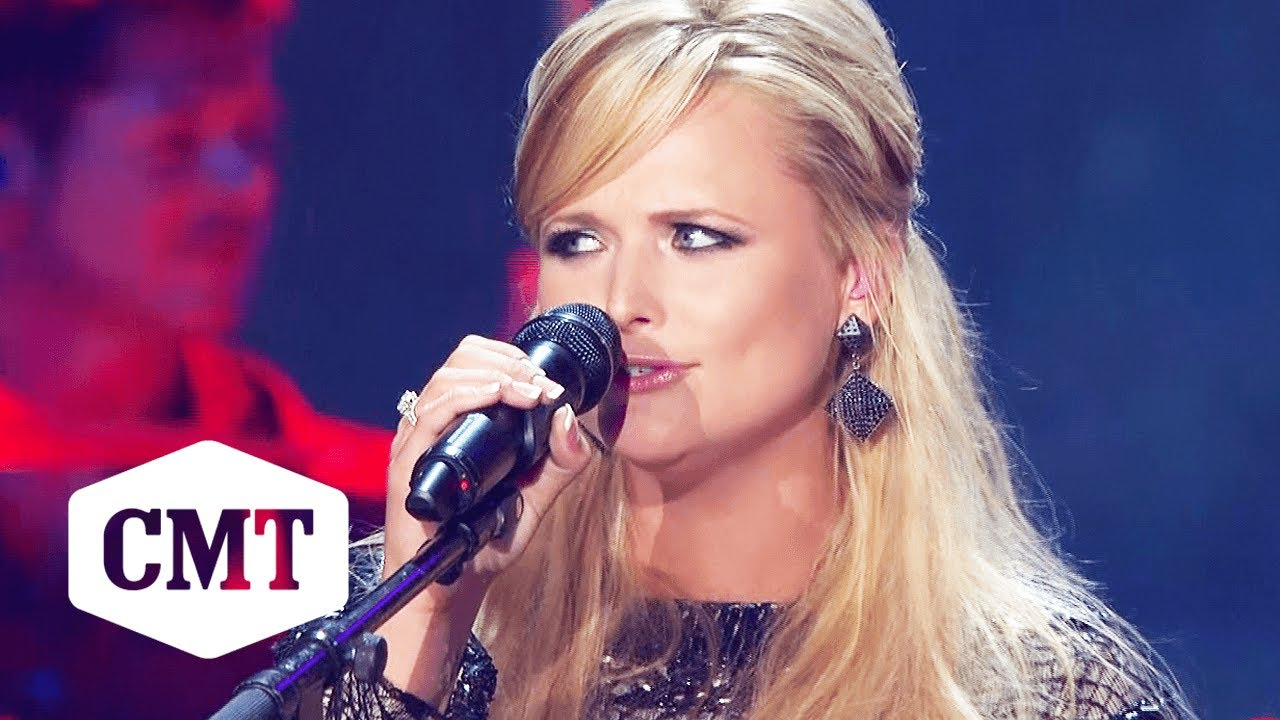 Miranda Lambert Performs 'White Liar' at 2010 CMT Music Awards