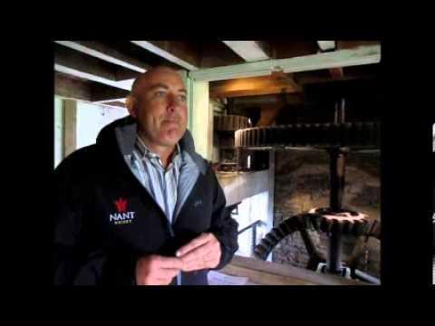 Tasmanian whisky 2014  Keith Batt talks to Geoff Hiscock about Nant Distillery Mp3