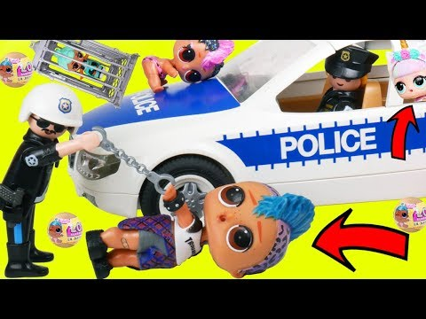 LOL Playmobil Family Goes to Barbie School with Baby Goldie & Punk Boi