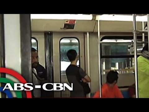 TV Patrol: Mga pasahero ng LRT-1, nagkagulo dahil sa 'usok' na naamoy