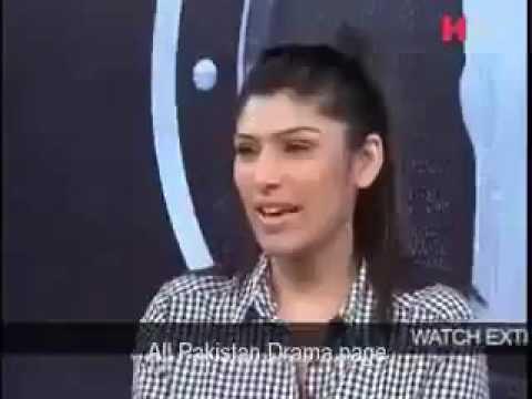 PakistanI girl amazing dare!!! On Waqar zaka show must watch