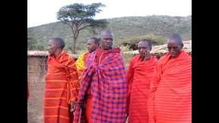 マサイ族の村で一緒にダンスしてきました。とてもシンプルなダンス?ジ...