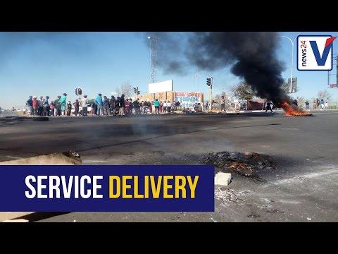 Diepkloof protestors demand housing