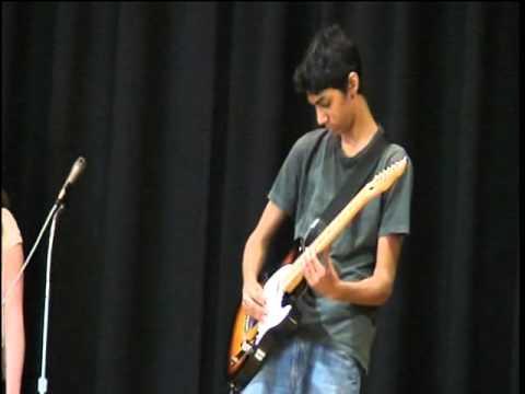 Heartbreaker (live version) - Led Zeppelin talent show