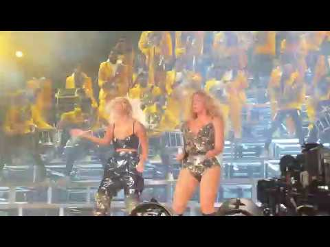 Beyoncé - Get Me Bodied (feat. Solange) / Single Ladies (Put A Ring On It) [Coachella Weekend 1]
