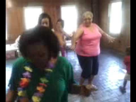 Duerson family reunion dancing