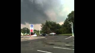Tornado ripping through Springfield, MA 6/1/2011