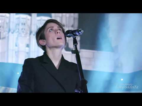 19/22 Tegan & Sara - Living Room @ Rockefeller Memorial Chapel, Chicago, IL 11/04/17