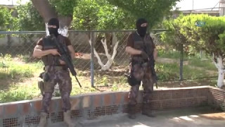 Husumeti Bitirmeyen İki Aileye 300 Polisle Operasyon