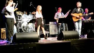 Original: B-b-b-Baby (Live from Rockheim) - Oda