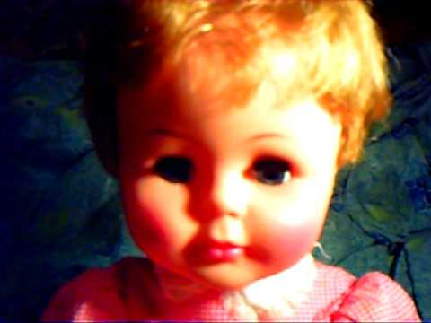 MCSWAIN ESTATE TOYS-VINTAGE 1961 KISSY DOLL BY IDEAL