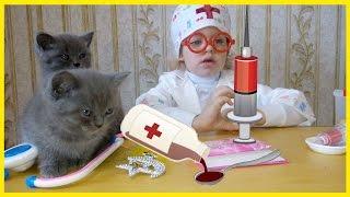 ЛЕЧЕНИЕ КОТЯТ ДАЕМ СИРОП ОТ ГЛИСТОВ Видео про животных Дети и животные Котята