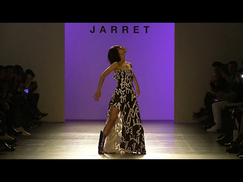 Lia Kim popping performance | New York Fashion Week 2017