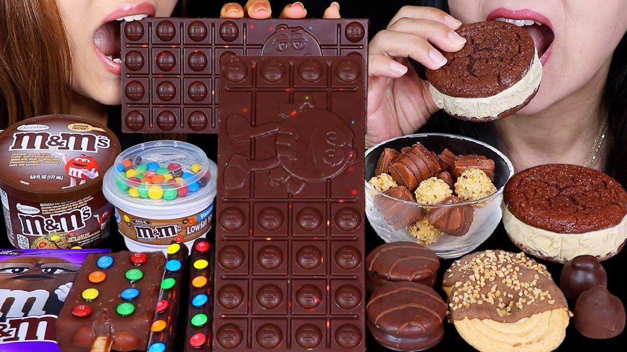 ASMR GIANT M&M'S DARK CHOCOLATE BAR, ICE CREAM CUP, MINI KINDER BUENO CEREAL, MONSHELL CREAM PIE 먹방