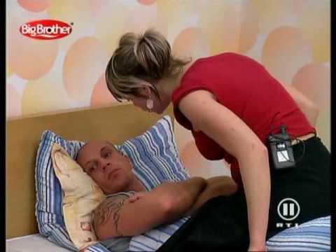 Big Brother Dorf VD - Betrunkene Bettina wütet- Okotber 05