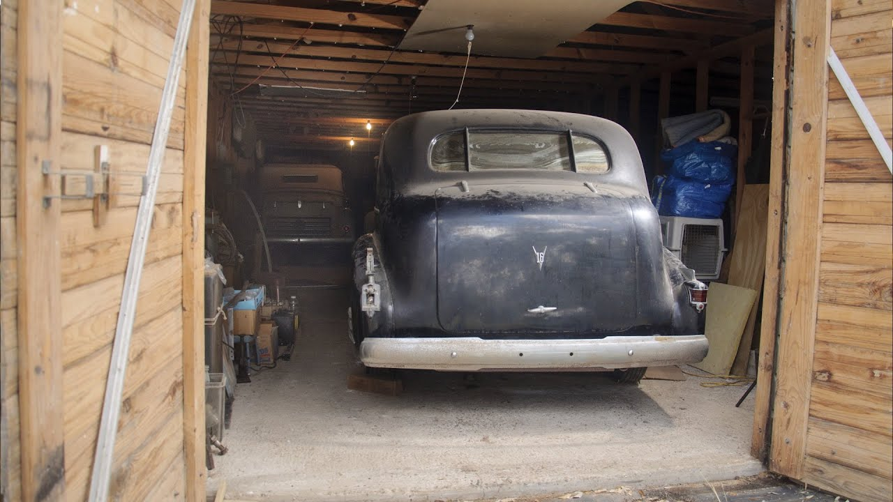 Texas Barn Find: Five Pre-war Automobiles Discovered - YouTube