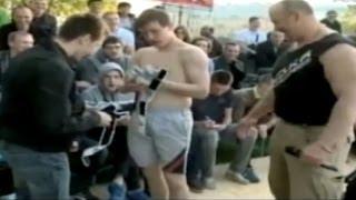 Amateur se ofrece para pelea de vale todo y termina noqueando a luchador profesional thumbnail