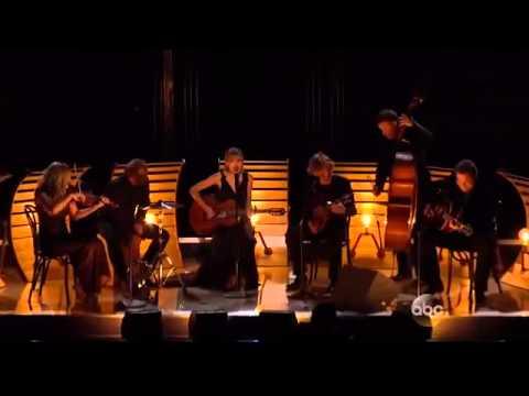 Taylor Swift - Red (CMA Awards 2013)