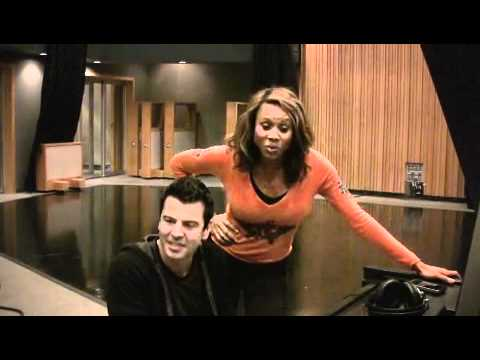 Deborah Cox and Jordan Knight Serenade