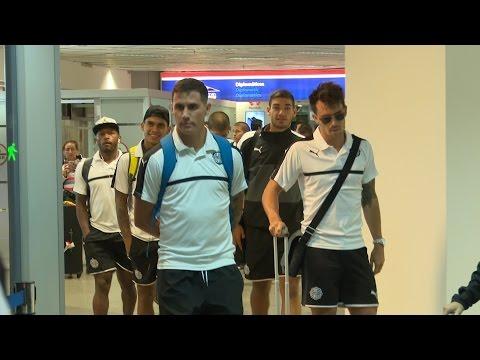 Llegada del plantel de Olimpia procedente de Montevideo