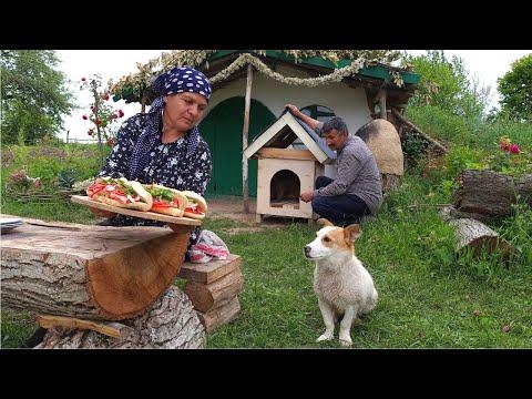 Making French Baguette and Pulled Chicken Sandwich, Toyuq Sendviçi Hazırladıq
