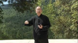 Yang Tai Chi for Beginners 11-minute Clip (YMAA ) Dr. Yang, Jwing-Ming