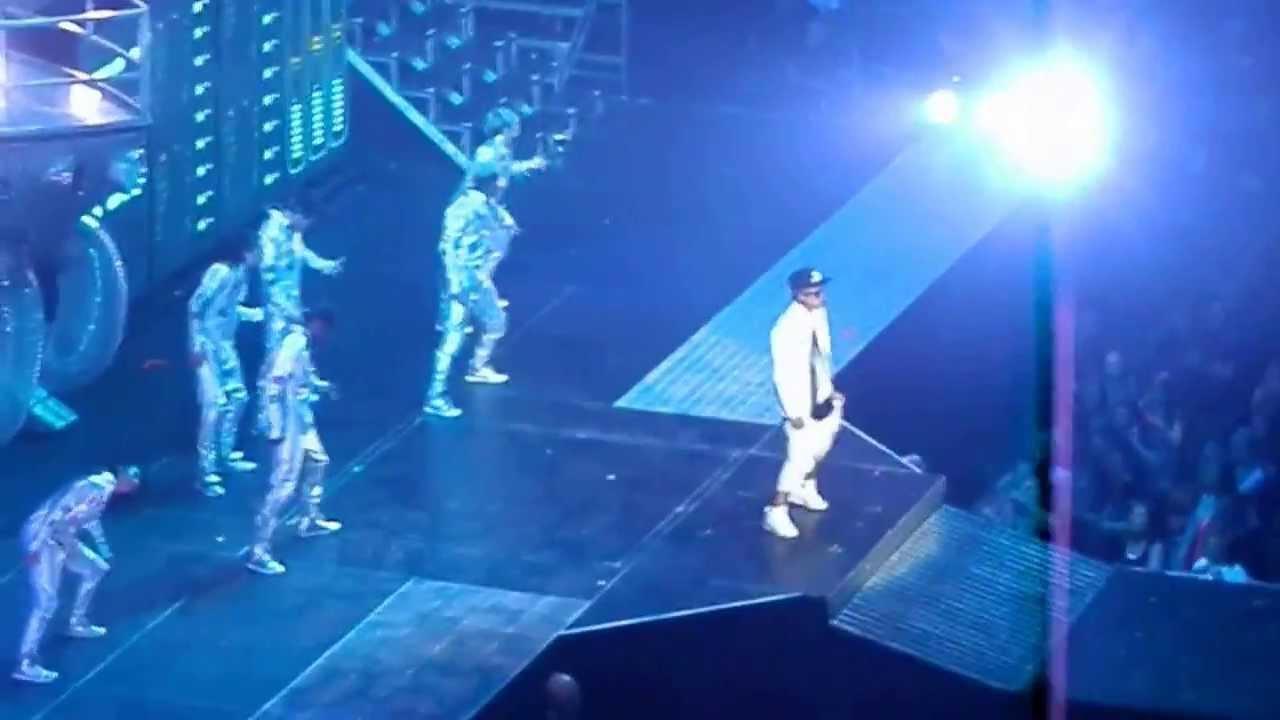 Justin Bieber Believe Tour Opening+Take You+Catching ...  Justin Bieber B...